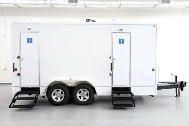 Where to find Potty, Trailer, Urban in Toronto
